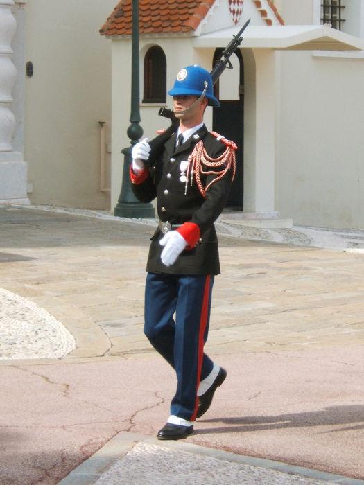 Monaco-Garde-du-Palais-Princier