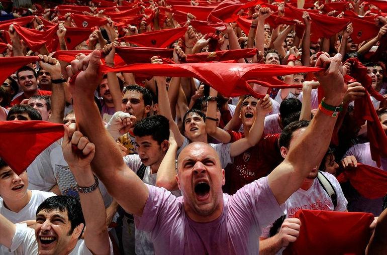 Сан-Фермин: праздник смеха, экстрима и… крови (Испания)