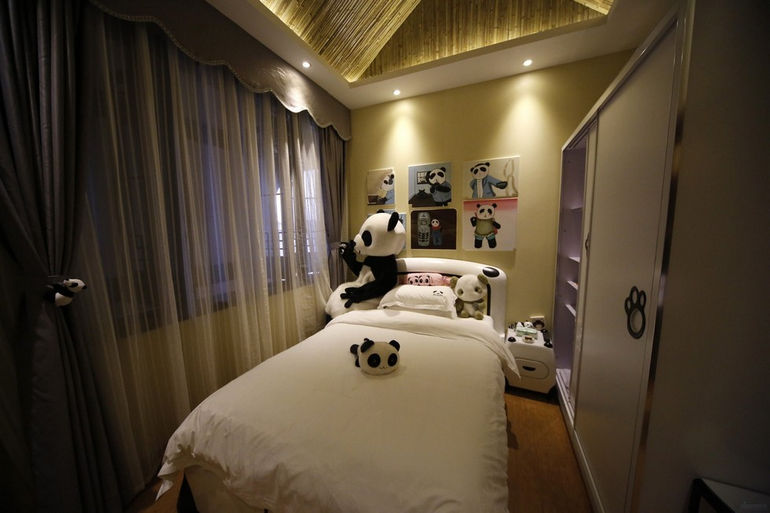 Chinas-Panda-Hotel_pixanews-1