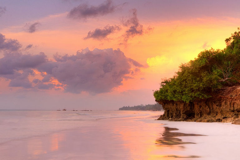 Diani_Beach_Sunrise_Kenya