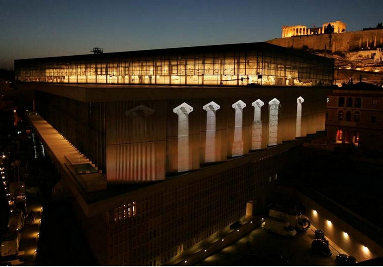 New_Acropolis_Museum_at_night