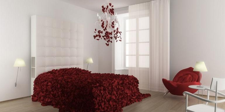 bedroom-petals-comp