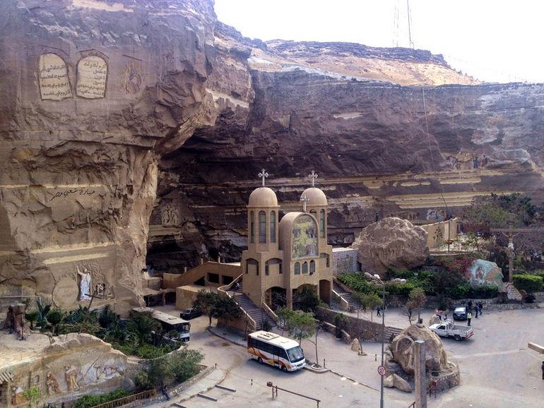 Монастырь Святого Симеона и пещерная церковь (Египет)