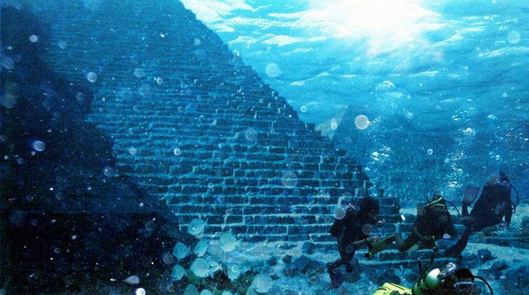 Подводная загадка: пирамиды у острова Йонагуни (Япония)