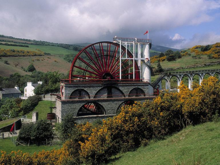 Лакси: самая большая в мире водяная мельница (Laxey)