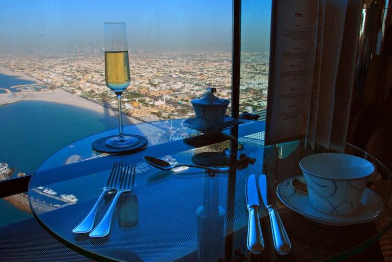 Burj-Al-Arab-Sky-Bar2