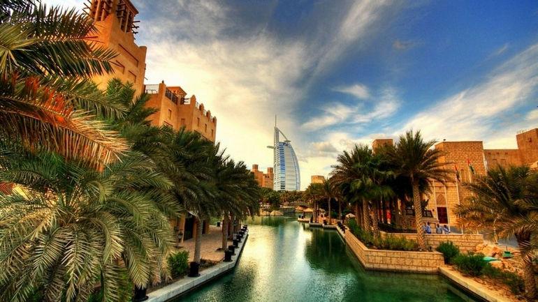 Dubai-Burj-Al-Arab-Amazing-Tour