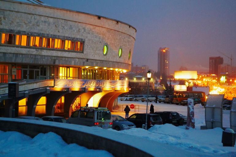 Театр «Глобус»: парусник в мире искусства (Россия)