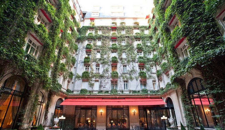 the-hotel--v1406986-13-1600