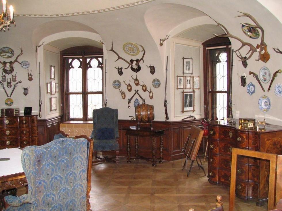 Замок-Глубока-над-Влтавой-интерьер