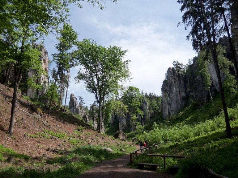01-cesky-raj-prachovske-skaly-tocenice-rozcesti-piskovcove-veze