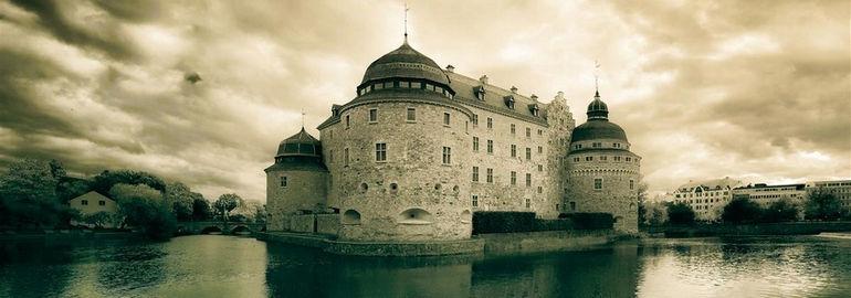 1368907836_orebro_castle2
