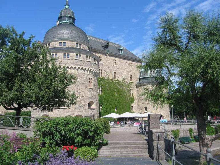 1368907858_orebro_castle3