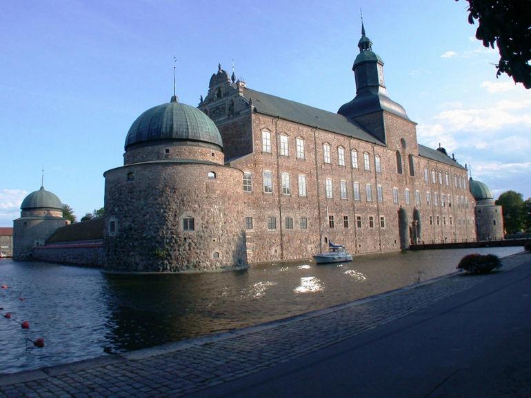1369159149_vadstena-castle-sweden