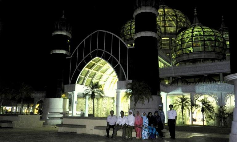 2011.7.29 Crystal Mosque, Kuala Terengganu, Malaysia_1