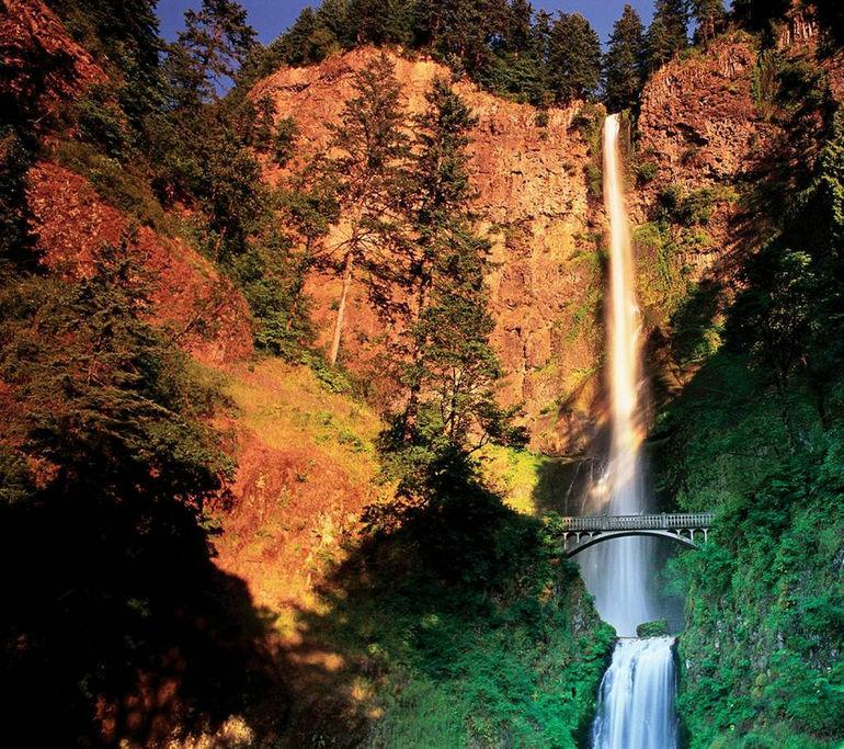 88346863_large_waterfall04