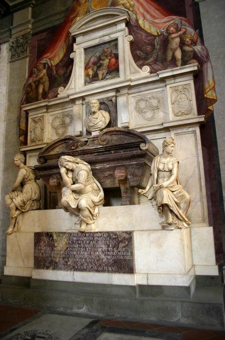 9904_-_Firenze_-_Santa_Croce_-_Tomba_di_Michelangelo_-_Foto_Giovanni_Dall'Orto,_28-Oct-2007