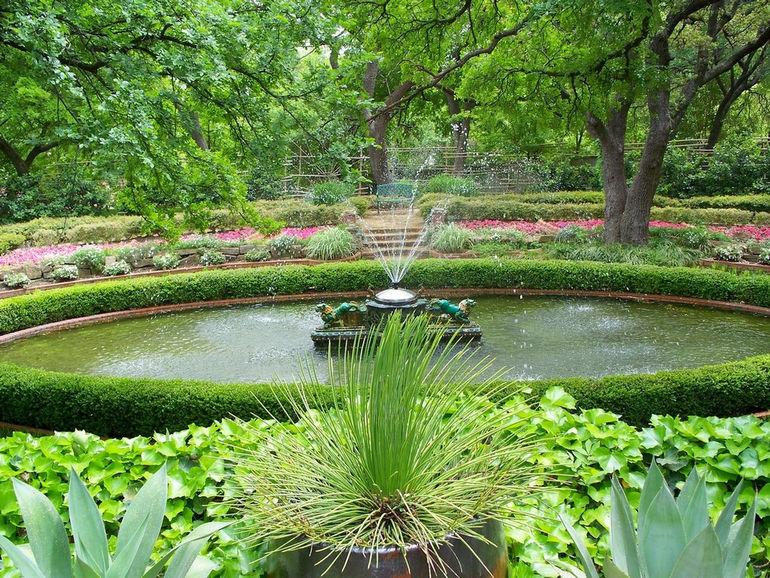 Chi-Ling Fountain at Chandor Gardens