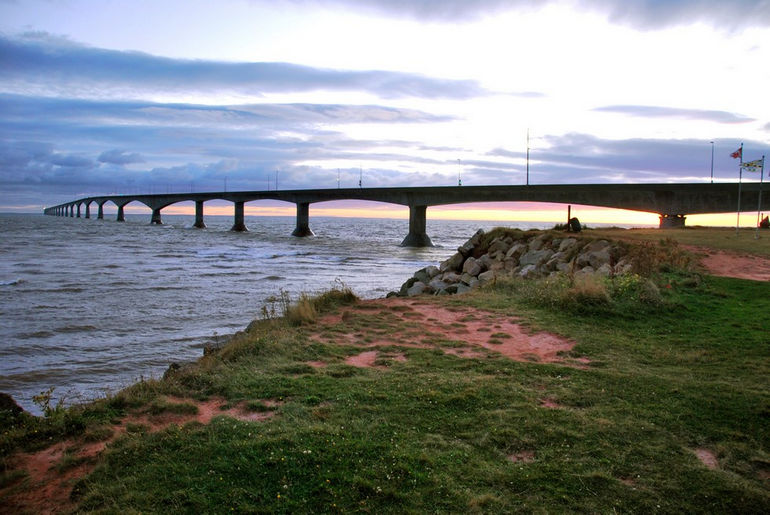Confederation_bridge_pei_2009