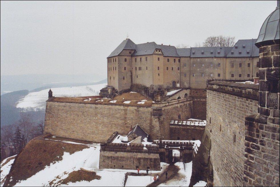 Festung_Königstein_-_Georgenburg_(1)_2006-03-25