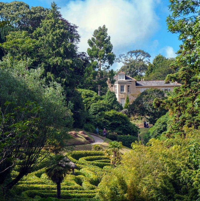 Glendurgan-Garden-a-peaceful-heaven-on-earth-01