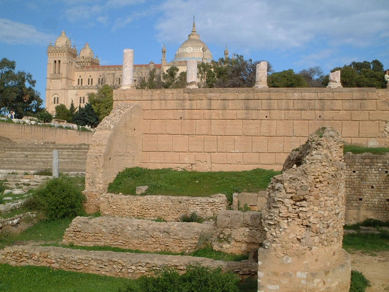 Saint_Louis_Byrsa_ruines
