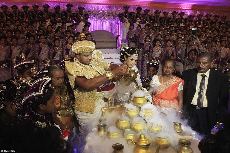 Новый рекорд: самая большая свадьба на планете (Шри-Ланка)