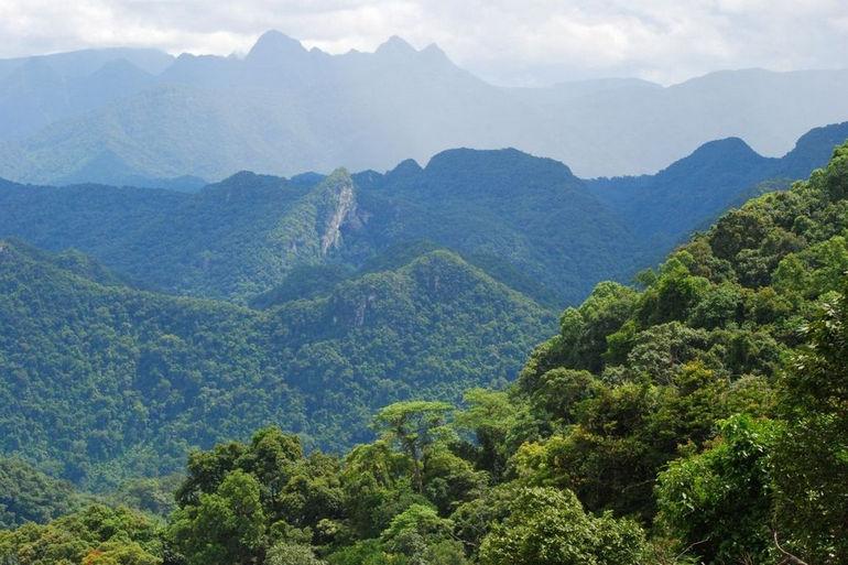 at-the-doorstep-of-phong-nha-ke-bang-national-park-dong-hoi-vietnam+1152_12937178976-tpfil02aw-2380