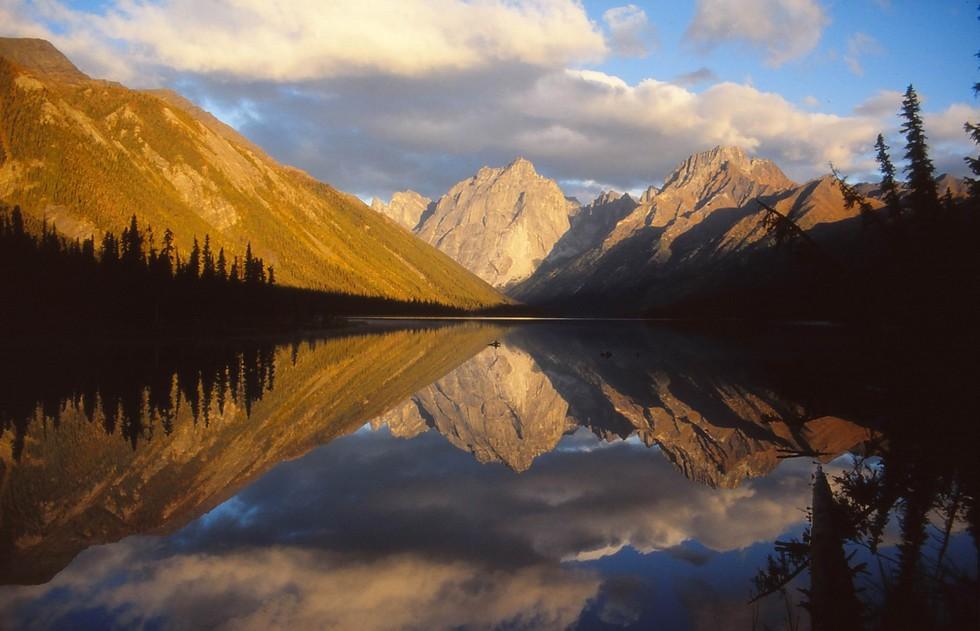 nahanni_national_park__canada