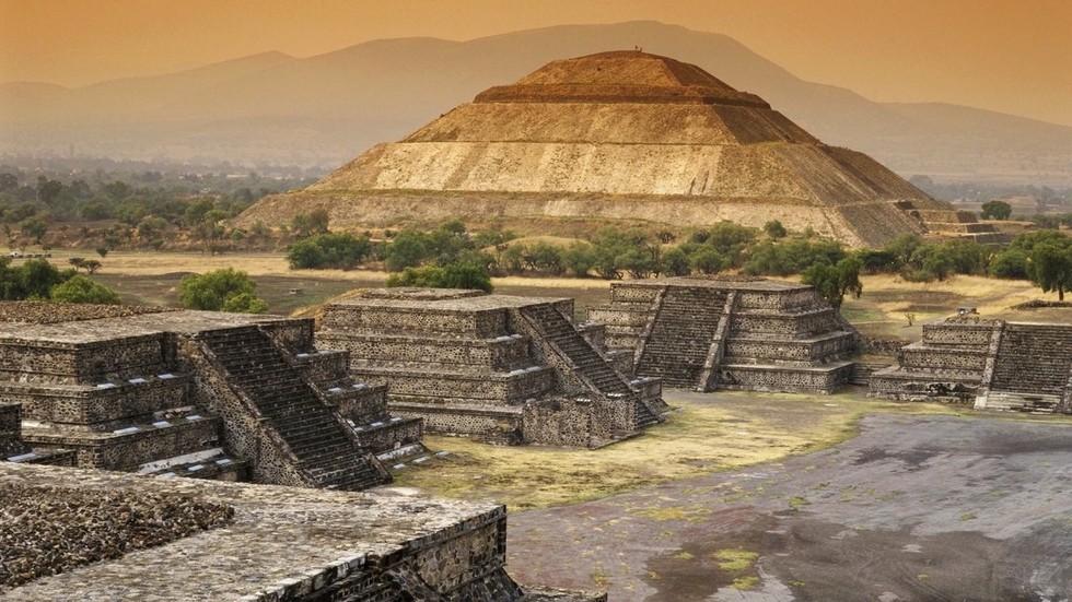 piramida-solnca-teotiuakan-meksika-291073_x