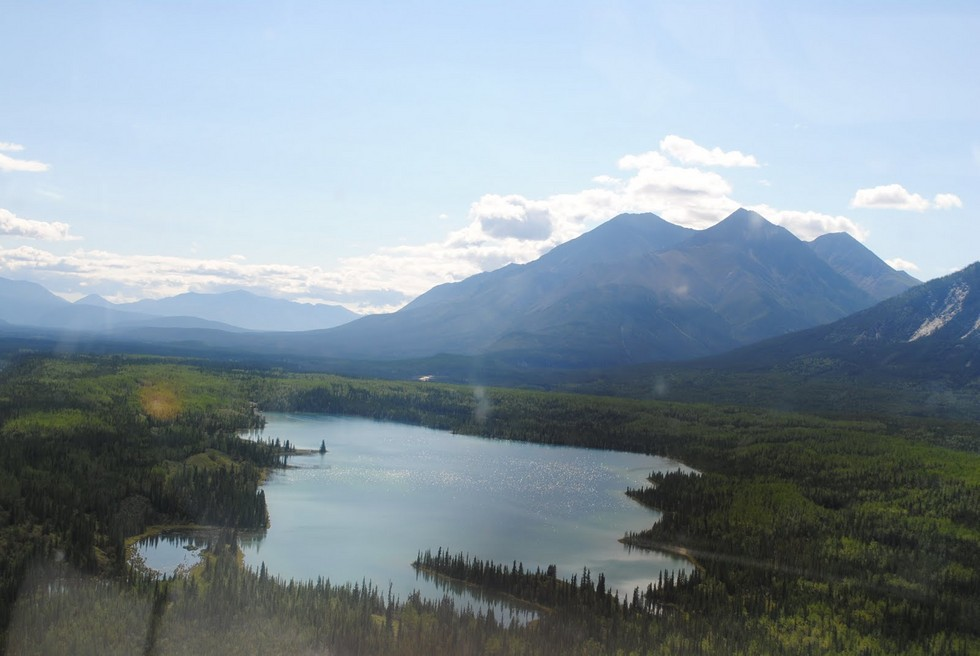 rabbitkettle_lake__nahanni_national_park_canada