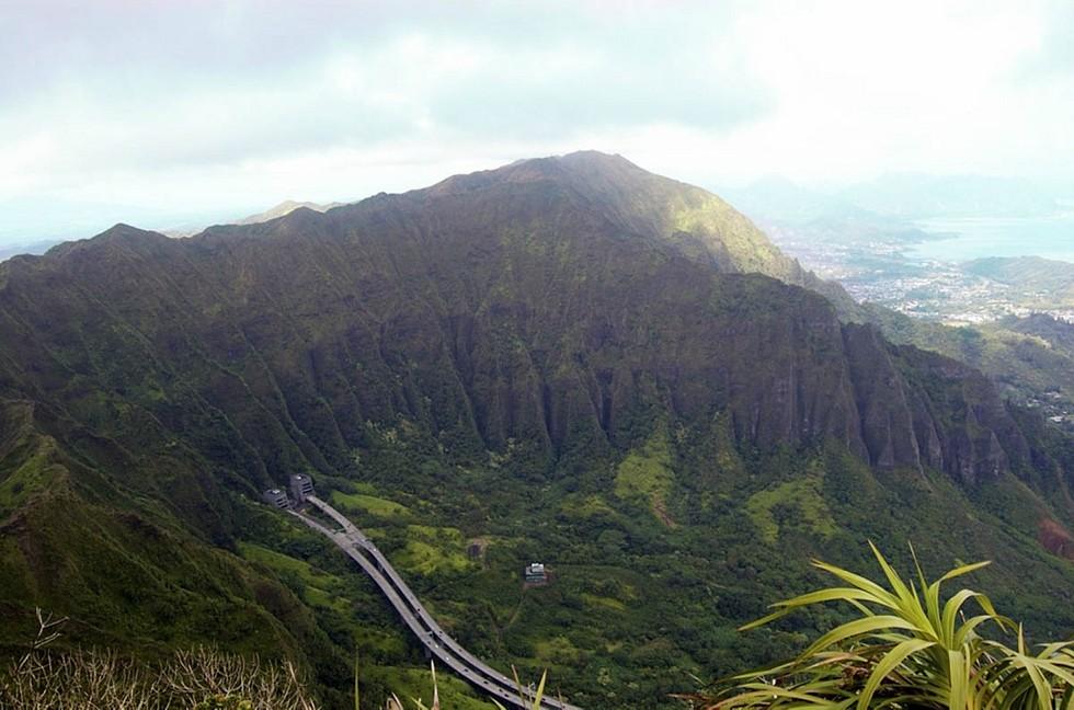 vid-s-lestnitsyi-Hayku-Oahu-Gavayi