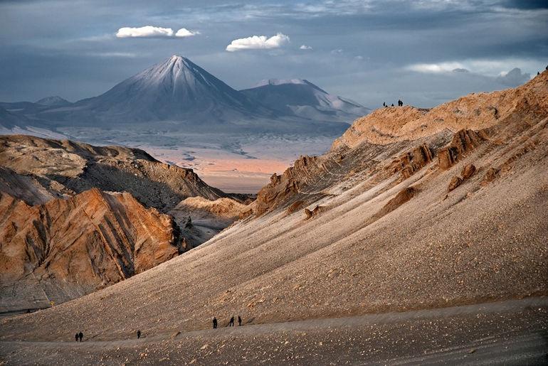 Пустыня Атакама: невероятная красота под пылающим солнцем (Чили)