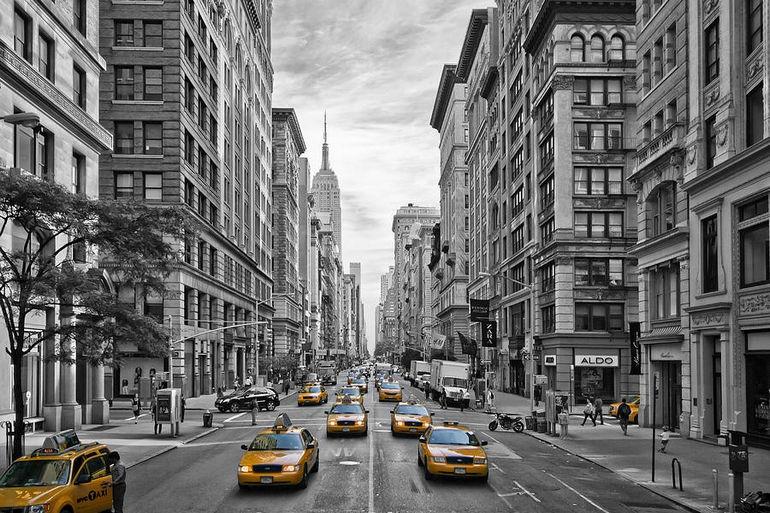 5th-avenue-yellow-cabs-nyc-melanie-viola