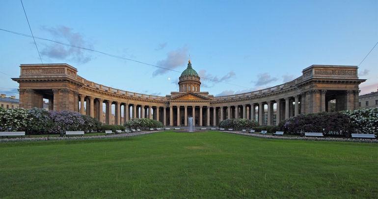 Spb_06-2012_Nevsky_various_02