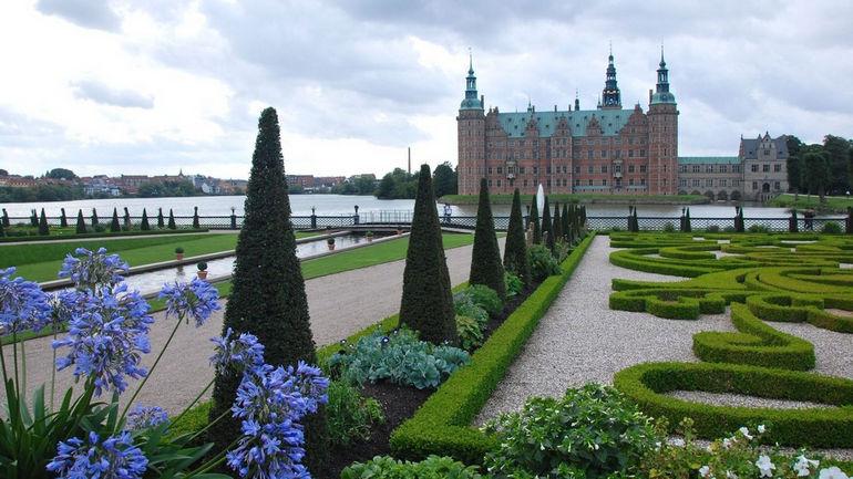 Замок Фредериксборг Дания