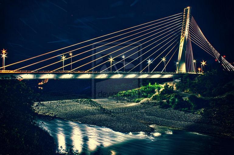 millenium_bridge_by_ex0r7-d4c9u5n
