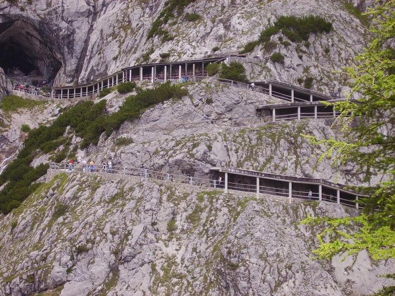 Айсризенвельт (Австрия)