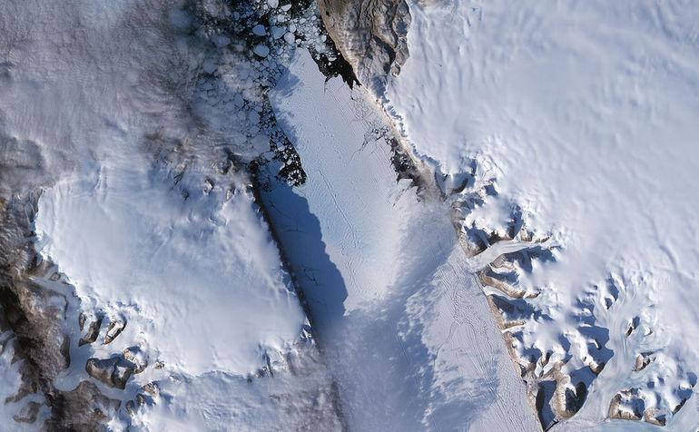 1280px-Petermann_Glacier_September_2008_(High_Res)_-_Flickr_-_NASA_Goddard_Photo_and_Video