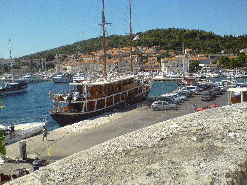 Harbour_in_Korčula
