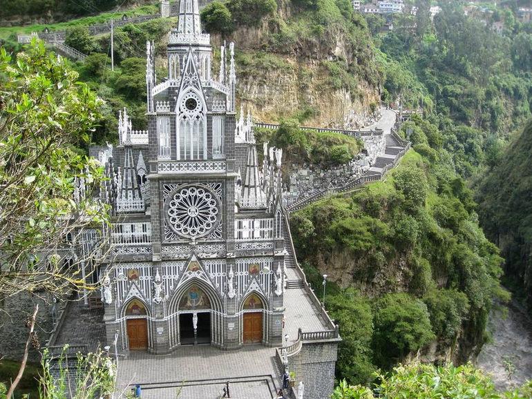 Las Lajas Sanctuary Church Colombia Santuario 10