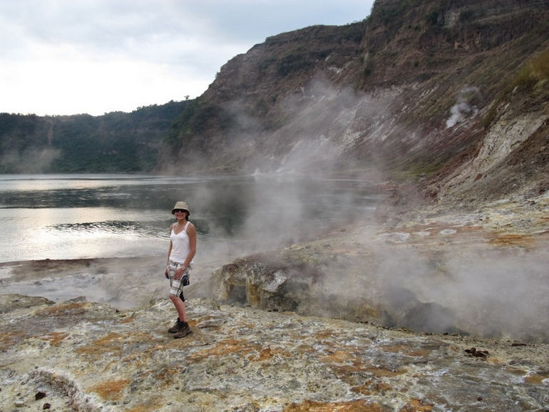 Taal-Volcano-steam-vent