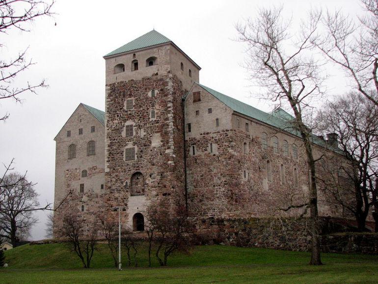 Turku_Castle_medieval_keep