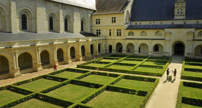 abbaye-de-Fontevraud-89792