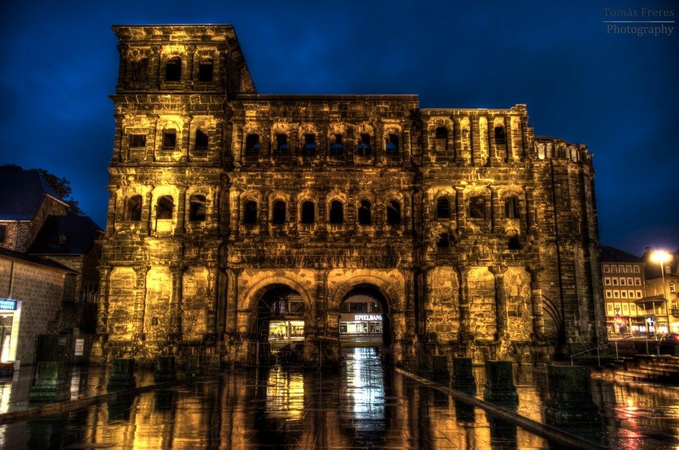 porta_nigra_hdr_by_jointadventure-d578riw