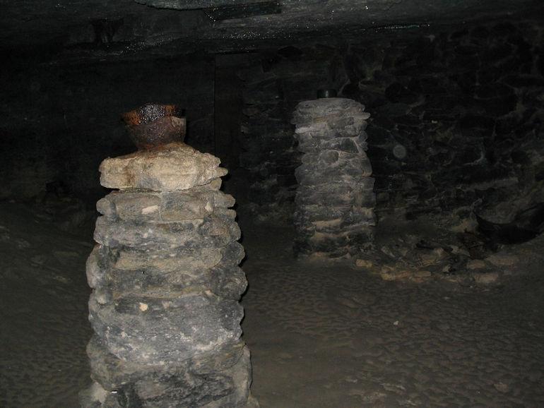Аджимушкайские каменоломни в Керчи (Украина)