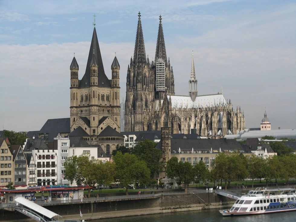 2776 Cologne Cathedral