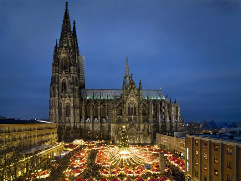 Cologne-cathedral-Xmas-Mkt