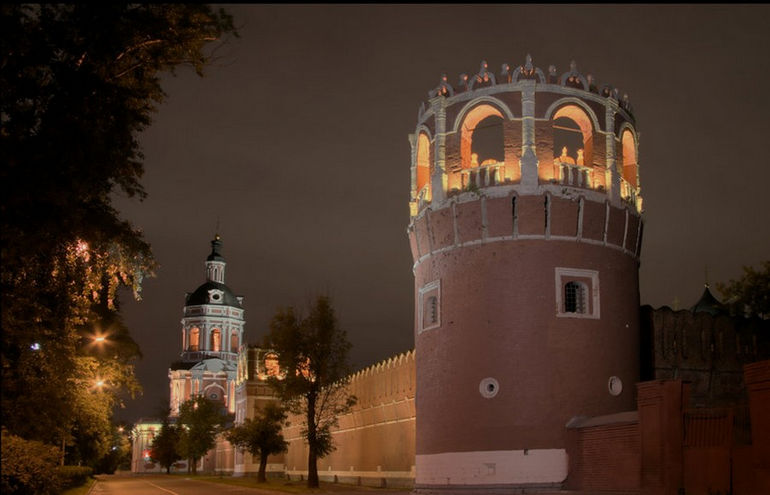 Donskoy_monastery_by_Sarumian3000