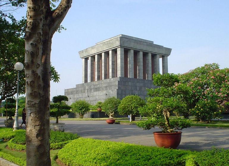 Mausoleo_de_Ho_Chi_Minh